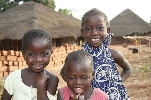 Kinder in Guinea-Bissau (c) ora international